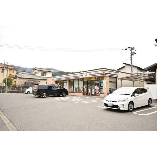 コンビニ セブンイレブン福岡早良2丁目店